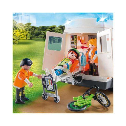 Playmobil ambulance med blinklys og figurer 70049