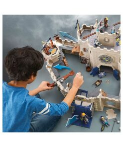 Se stort Playmobil Novelmore slot 70220 wolfshaven stærrelse
