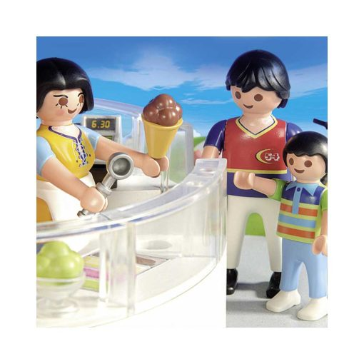 Playmobil isbod closeup